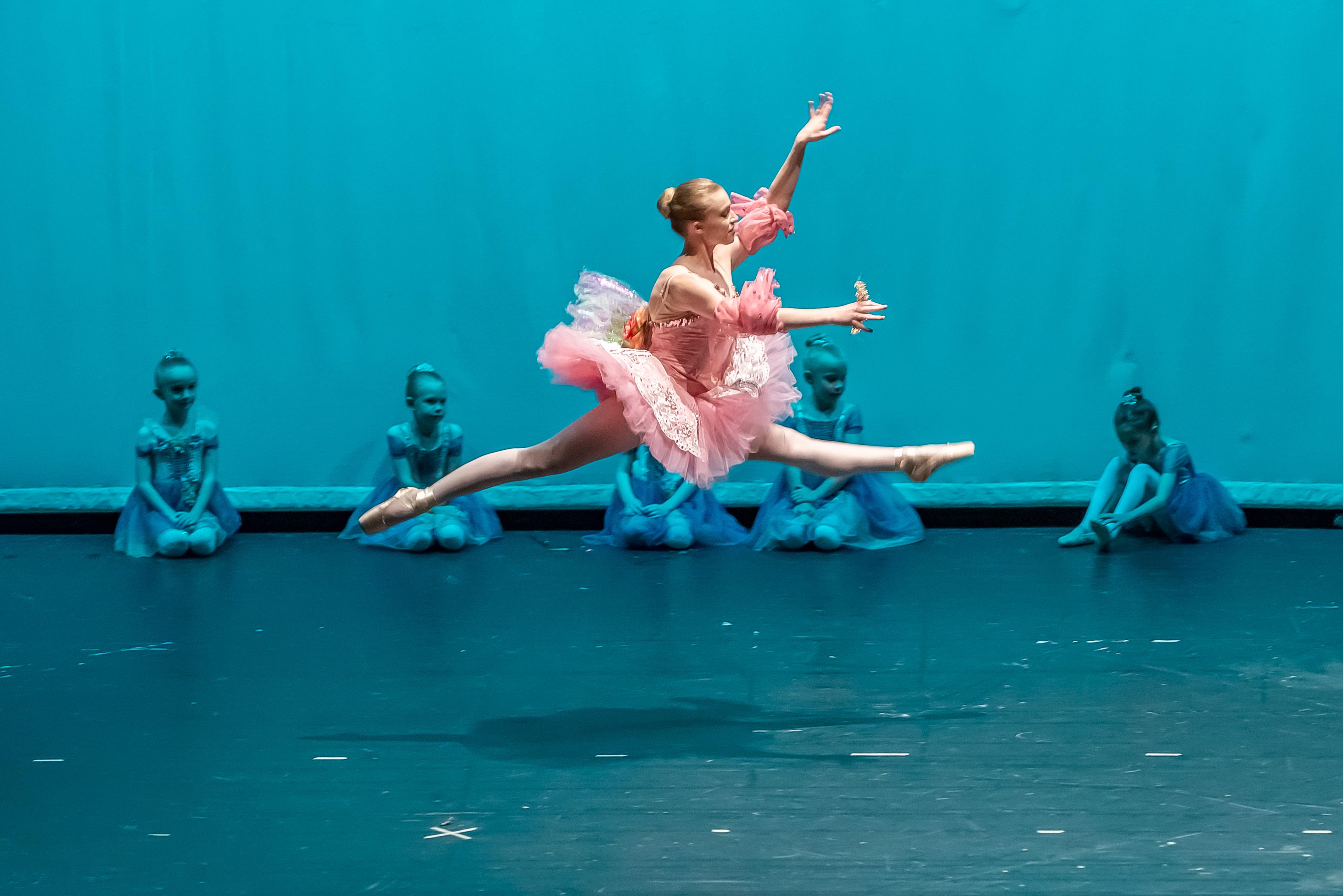 Jolie-Dance-2019-630